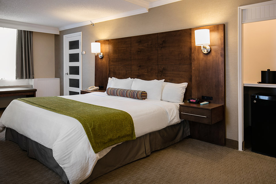 Hotel Montreal | Accommodations | Rooms & Suites